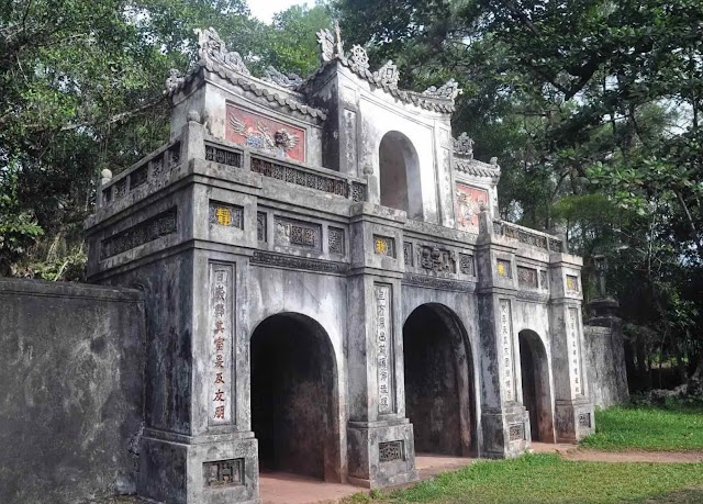 Tu Hieu Pagoda - the Pagoda of Filial Responsibility