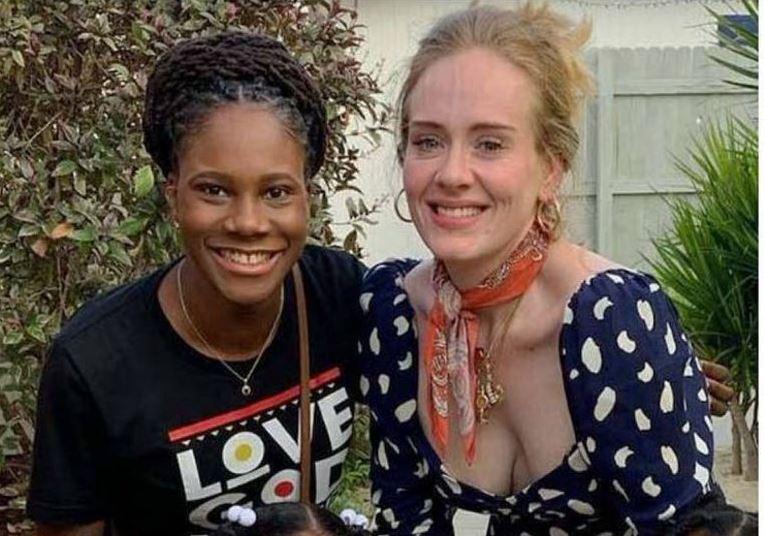 Adele anda de vacaciones en isla caribeña