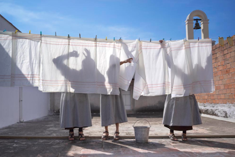 NOTICIAS Consagradas, monjas de clausura en el S. XXI, fotografías de Marcela Taboada