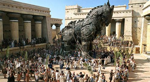 laocoonte-y-sus-hijos-comentario-escultura-griega-historia-analisis-mito-grupo-laoconte-pelicula-troya-datos-curiosos-interesantes-caballo-de-madera