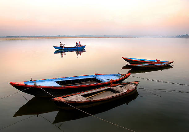 Download Free Boat Images for Facebook Cover Photos, Dp For Whatsapp 