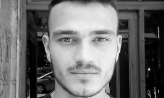 Καλοχώρι Θεσσαλονίκης: Αβάσταχτος πόνος για το θάνατο του 22χρονου – «Τον σκότωσαν Αλβανοί» ΒΙΝΤΕΟ