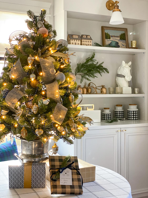 tabletop christmas tree, traditional christmas decor, living room at christmas