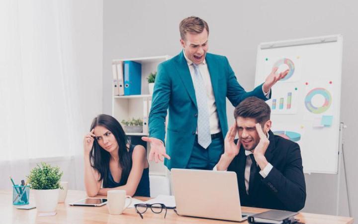 Cần làm gì để trấn an nhân viên khi doanh nghiệp rơi vào khủng hoảng