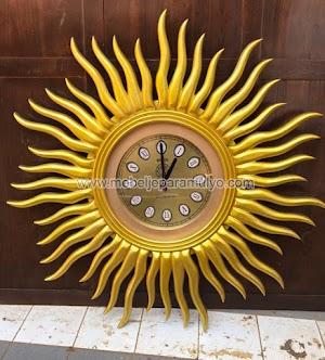 Jam Dinding Matahari Emas Aksesoris Indoor Furniture