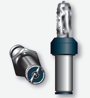 Reciprocating Engine Spark Plug Inspection and Maintenance