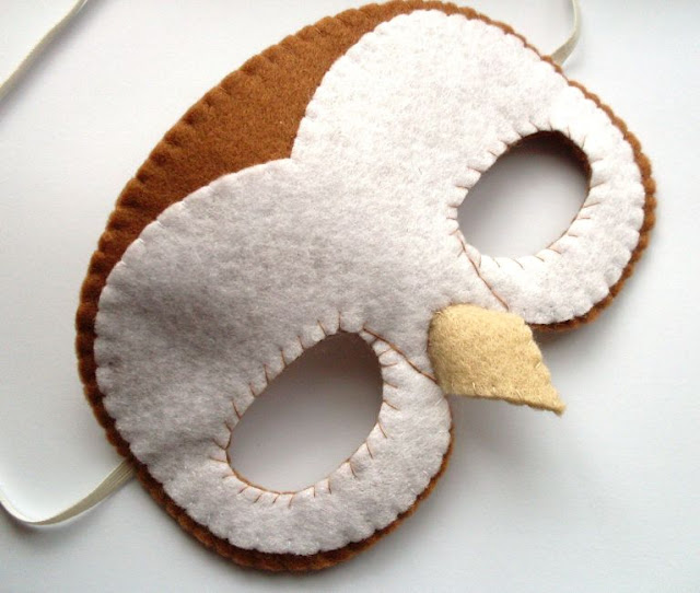 Sew a fun felt barn owl mask!