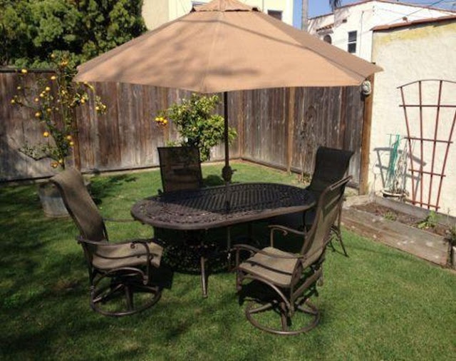 outdoor table and chairs used