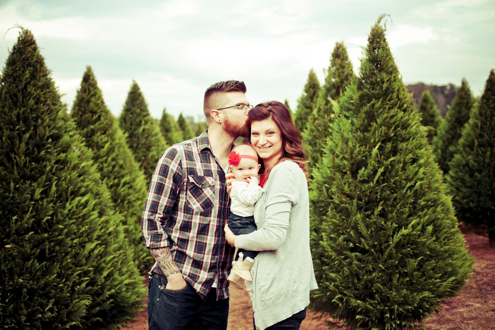 Christmas Tree Farm Family Photos.Kelly Is Nice Photography Www Kellyisnice Com Christmas