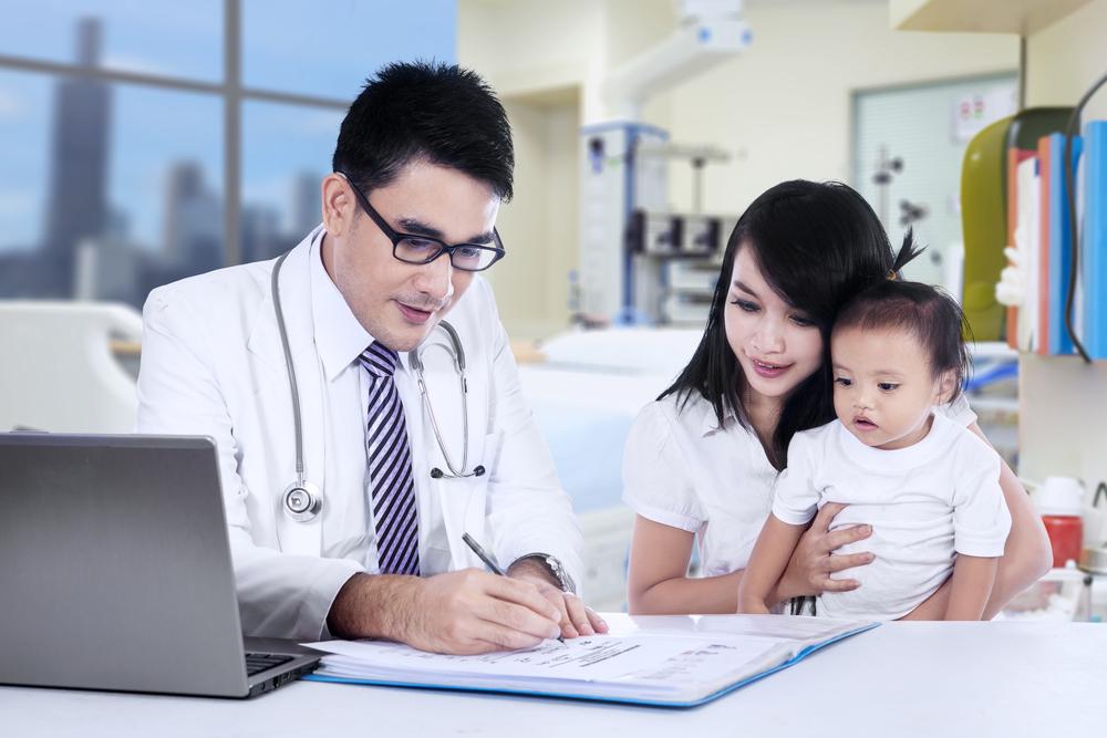 Konsultasi Kesehatan Anak Online: Sosok Ibu Siaga