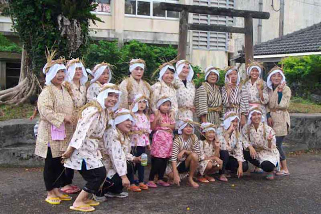 dance, festival, matsuri, children, women, Okinawa, Ogimi, torii
