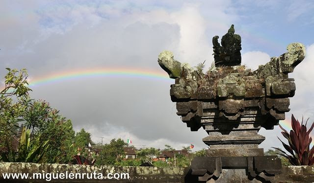 Bali-arcoiris