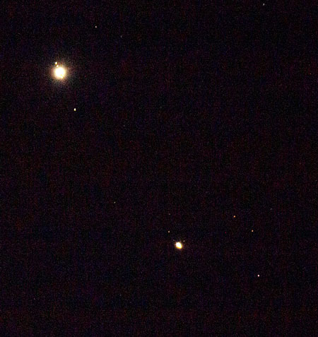 Jupiter and Saturn, DSLR, 600mm, 1/2 second (Source: Palmia Observatory)
