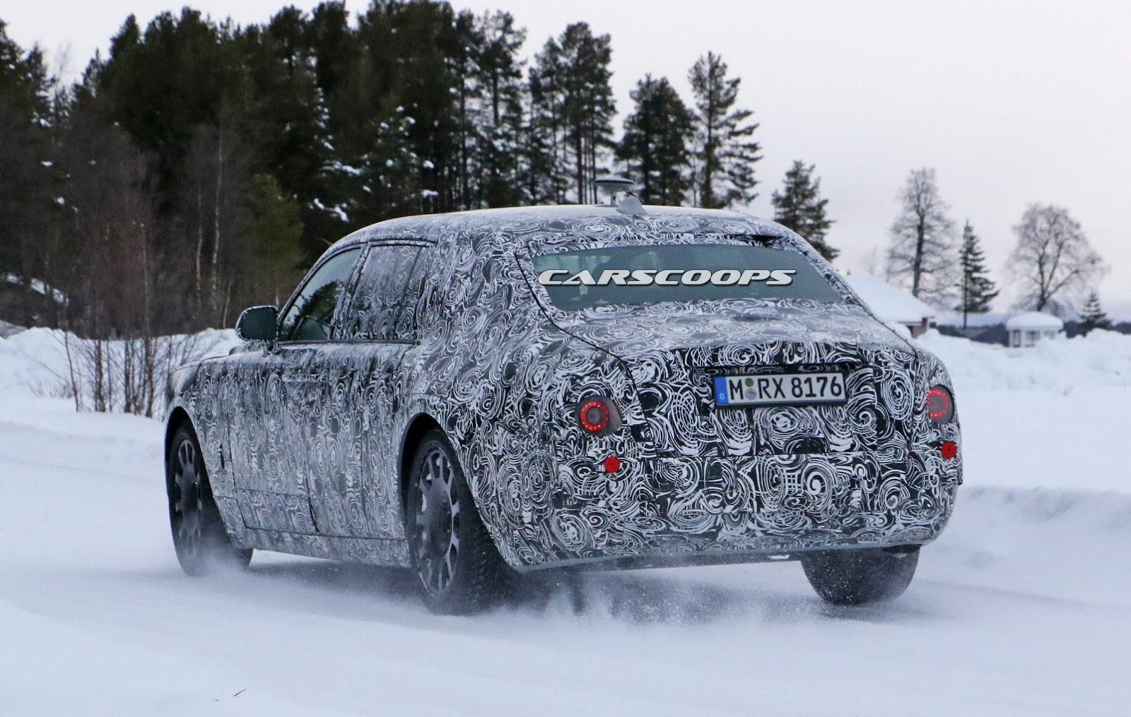2018-Rolls-Royce-Phantom-12