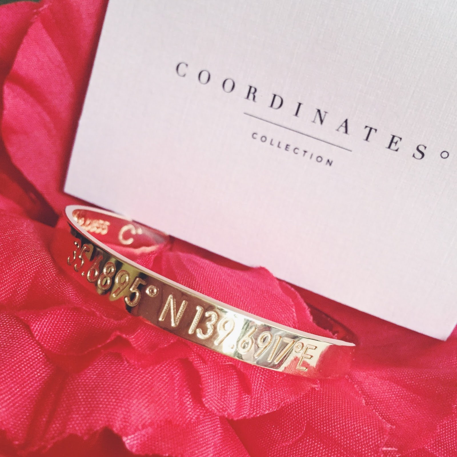 Besides That You Are Also Able To Engrave Your Own Name And A Special Date At The Back Of Bracelet