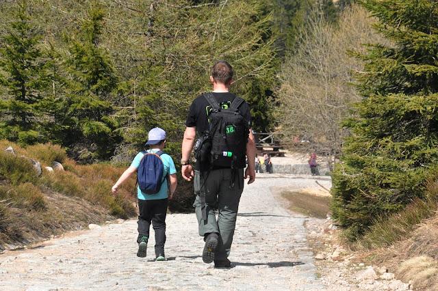 plecak turystyczny dla dziecka
