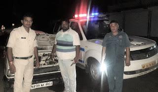 रात्री मे बीच जंगल मे हुई कार खराब, डायल-100 सेवा से सहायता कर गंतव्य के लिए रवाना किया