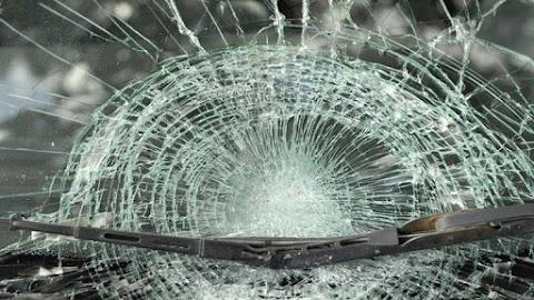 Fiatalok okoztak óriási balesetet Óbudán – Itt a videó róla