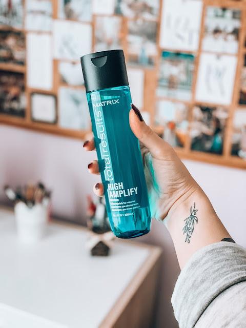 Šampón na vlasy s objemom Matrix