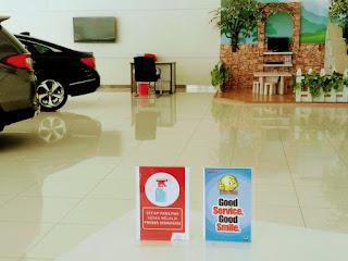 Interior Ruangan Dealer Mobil Honda Harapan Indah
