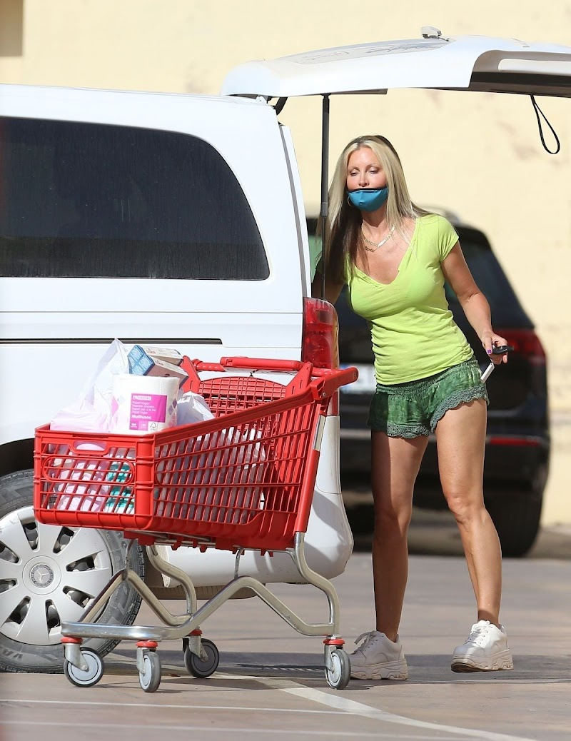 Caprice Bourret Clicked While Shopping outside at Supermarket in Ibiza 11 Aug -2020