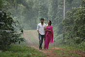 Oka Manasu Movie Photos gallery-thumbnail-5