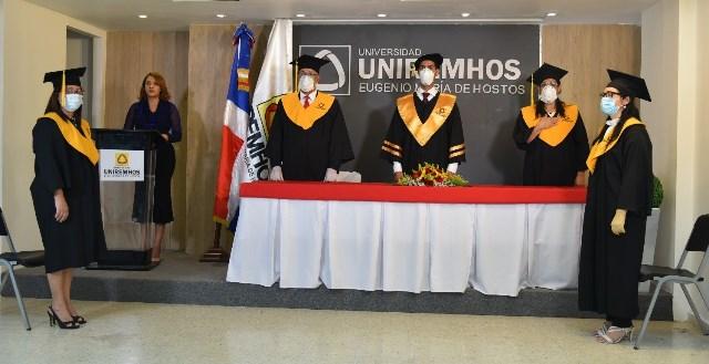 La Universidad UNIREMHOS realiza primera investidura virtual en el país