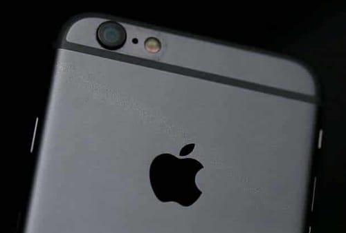 Apple asks users of older iPhones to update