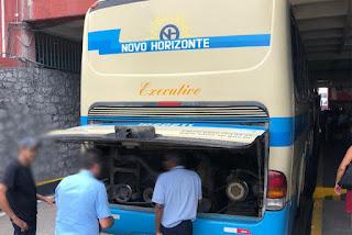 Ônibus quebra