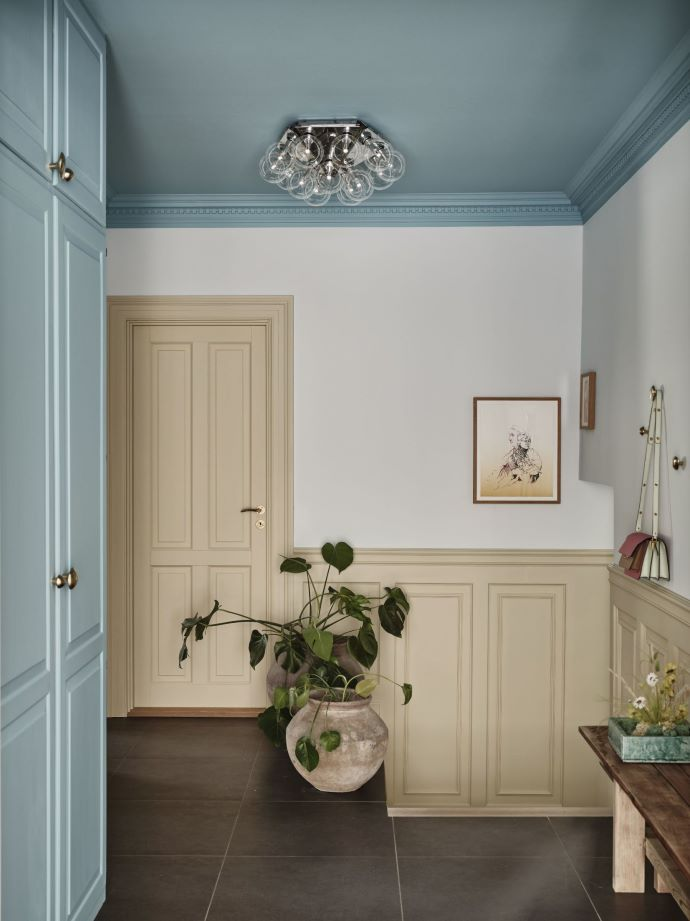 Pretty paint colors and love the painted ceiling-designaddictmom