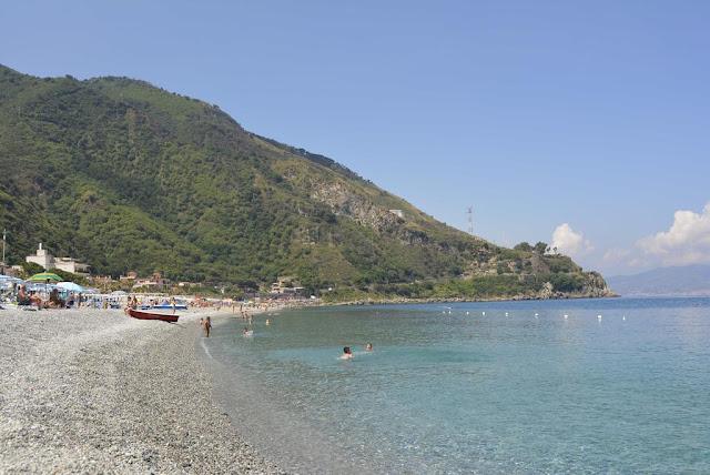 Praia Marina Grande em Scilla