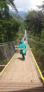 Jembatan Gantung Situ Gunung Sukabumi
