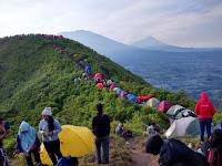 Gunung Andong Magelang, Surganya Para Pendaki