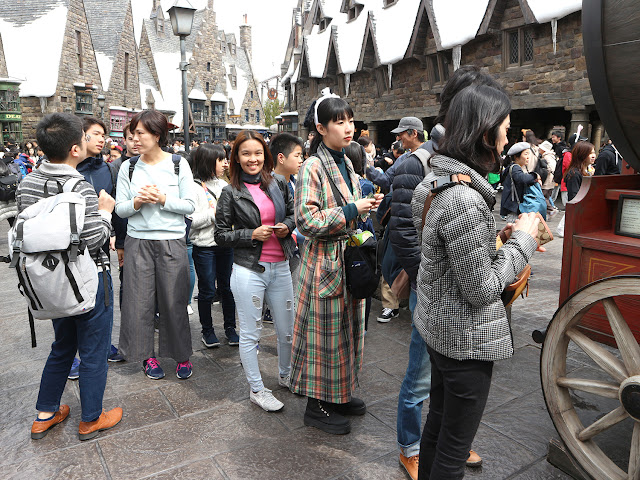 Butterbeer at Hogsmeade
