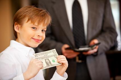 Beri Duit Poket Anak Tanpa Guna Wang Sendiri