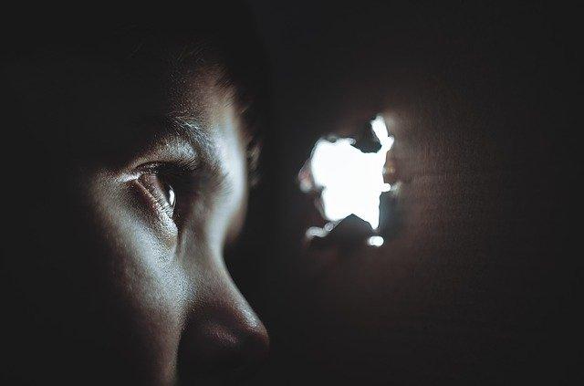 Puisi Pemuda yang Bermimpi dan Merindukan Nirwana