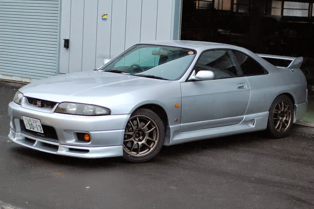 A Car Enthusiast Bought Silver Nissan Skyline 1995 R33 Gtr But Originally He Wanted To The One With Midnight Purple Paint Job And Since