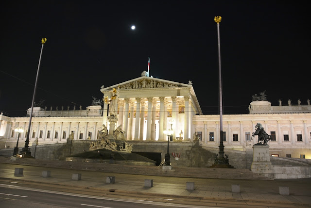 Parliament Vienna by night