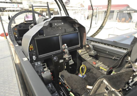 Calidus B-250 cockpit