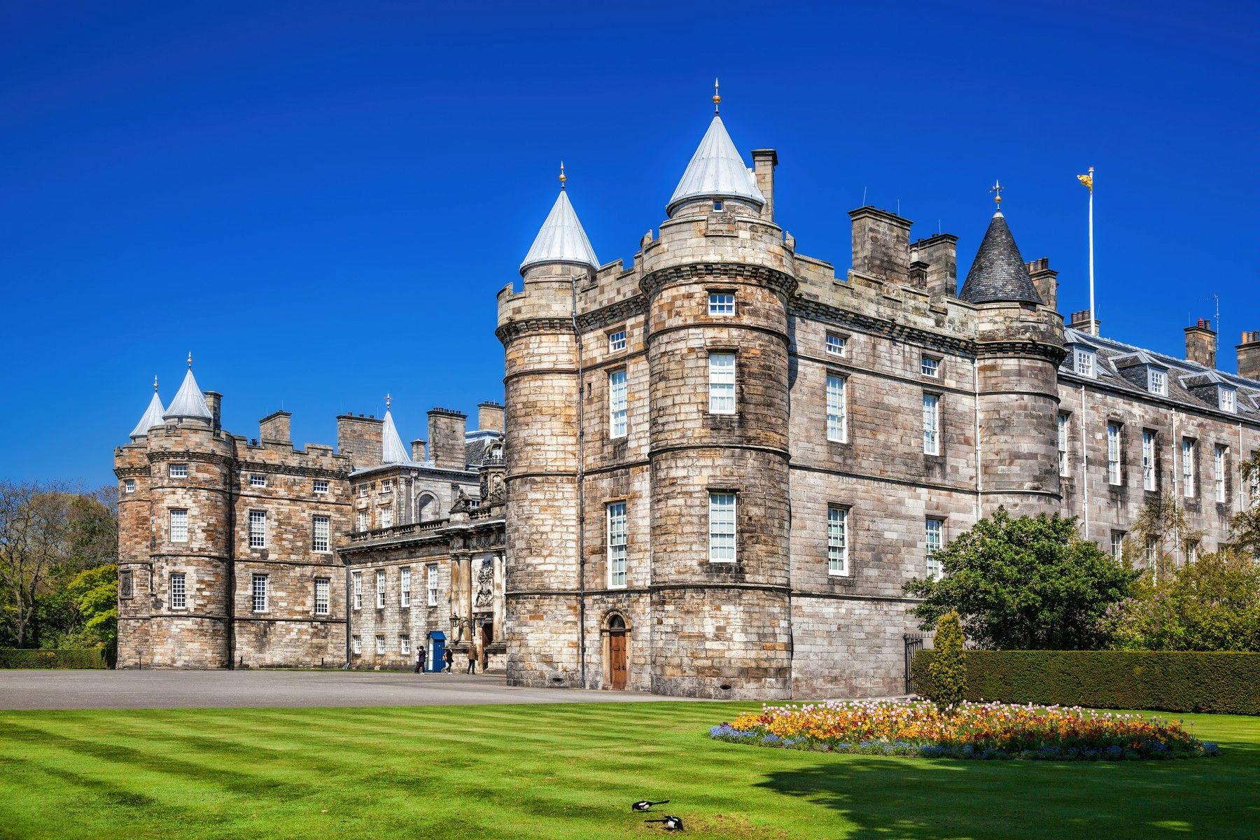Holyrood Palace Images 3
