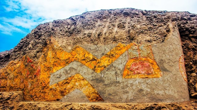 Discovery of a 3,200-year-old Temple Mural of Spider God in Peru