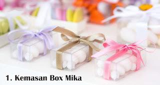 Kemasan Box Mika merupakan salah satu rekomendasi kemasan souvenir eksklusif dan menarik