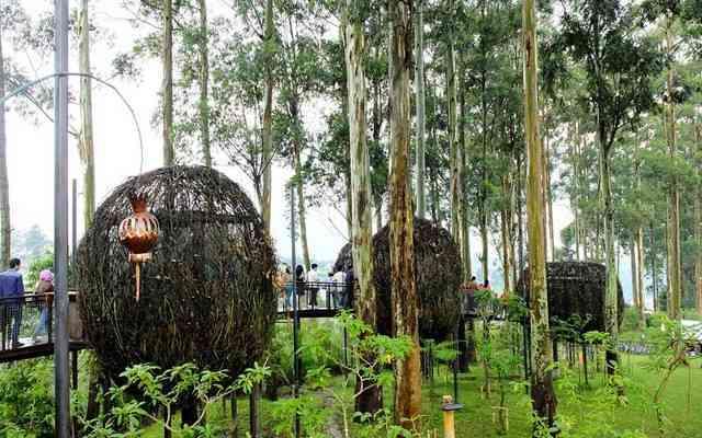 Yuk Wisata ke Dusun Bambu Lembang !