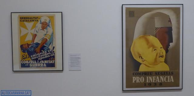 Dos cartells de l'exposició