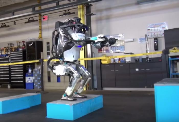 Robot yang Bisa Salto