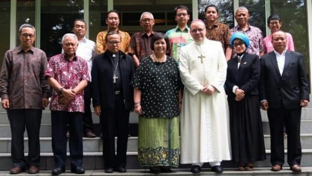 Karena Rempah-Rempah Agama Katolik Sampai di Indonesia