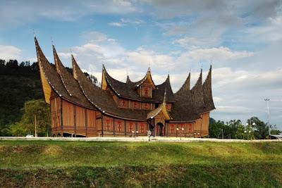 Rumah Adat Gadang , Rumah Adat Sumatera Barat