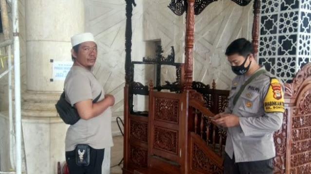 Murka! Kabba Nekat Bakar Mimbar Masjid Gara-gara Sakit Hati Dilarang Tidur