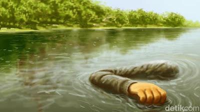 Mayat Pria Ditemukan Terapung di Kali Ciliwung Tebet
