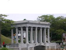 Bangunan Batu Unik Plymouth Rock